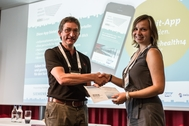 Alevtina Dubovitskaya, doctorante à l'Institut informatique de gestion de la HES-SO Valais-Wallis, remporte le best poster award au Swiss eHealth Summit!