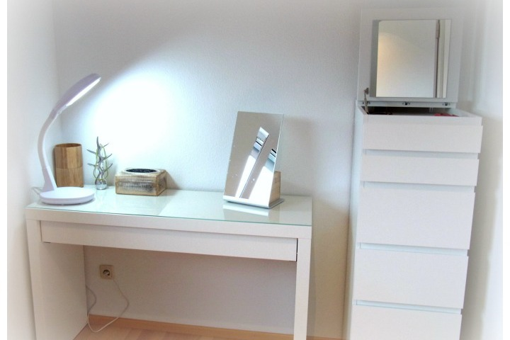 meubles gratuit gratis m bel hes so valais wallis. Black Bedroom Furniture Sets. Home Design Ideas
