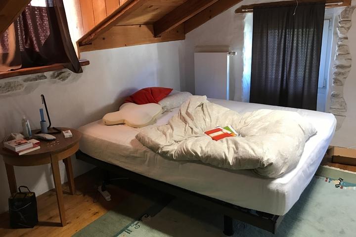 Chambre meubl e 600chf mois hes so valais wallis - Je cherche du travail femme de chambre ...