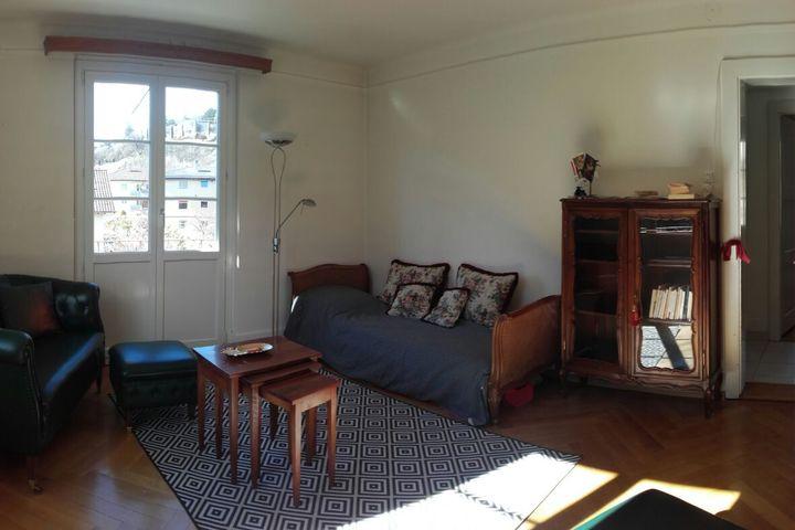 appartement enti rement meubl sierre pour 2 3 personnes hes so valais wallis. Black Bedroom Furniture Sets. Home Design Ideas