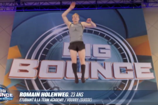 Romain Holenweg, étudiant à la HES-SO Valais-Wallis finaliste de l'émission big bounce sur TF1