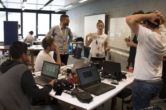 Digital Team Academy: students become actors of their IT training